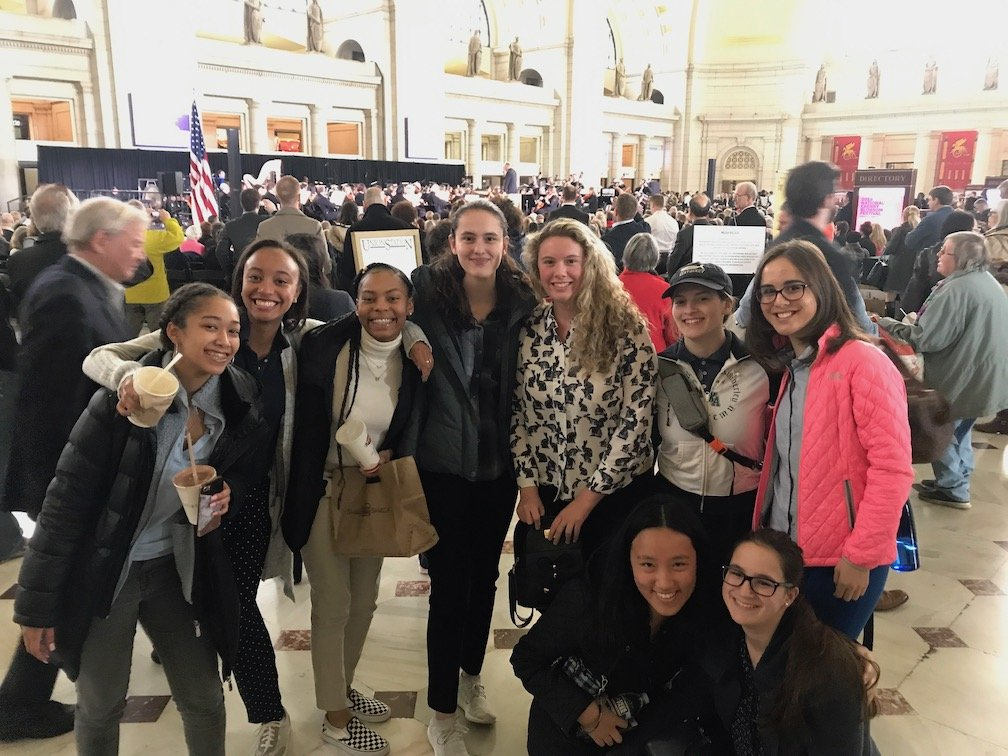 Image: Juniors enjoying lunch in Union Station